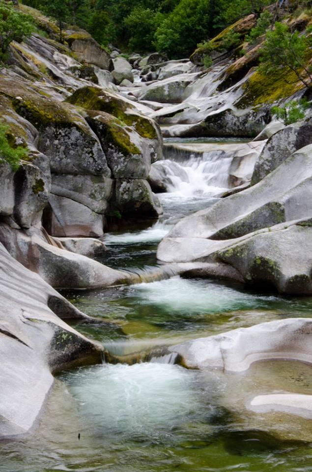 Cinco piscinas naturales para ba arse en espa a blog for Piscinas naturales norte de extremadura