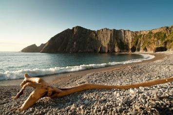 Cinco cosas que hacer en la Playa del Silencio