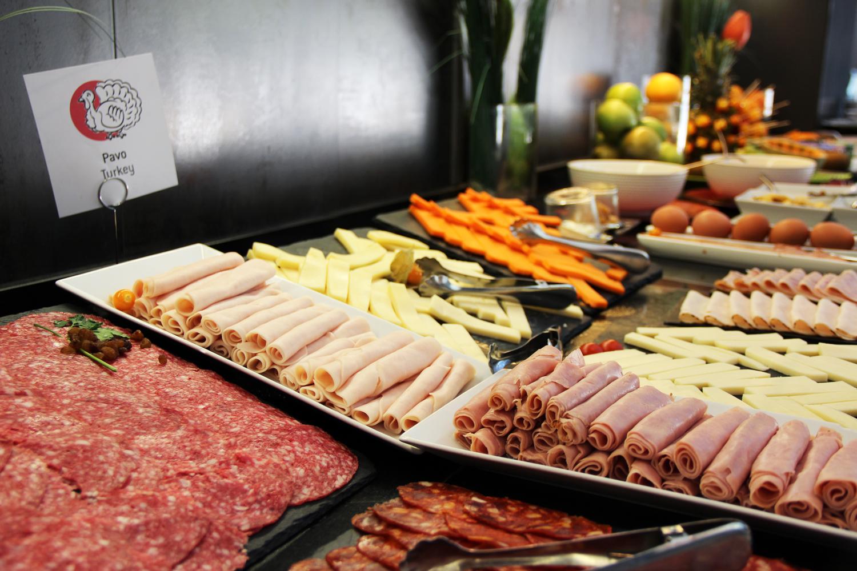 Desayuno Continental Americano Buffet