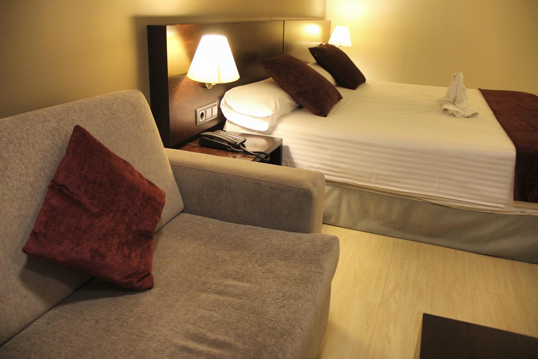 Hotel Husa Centric