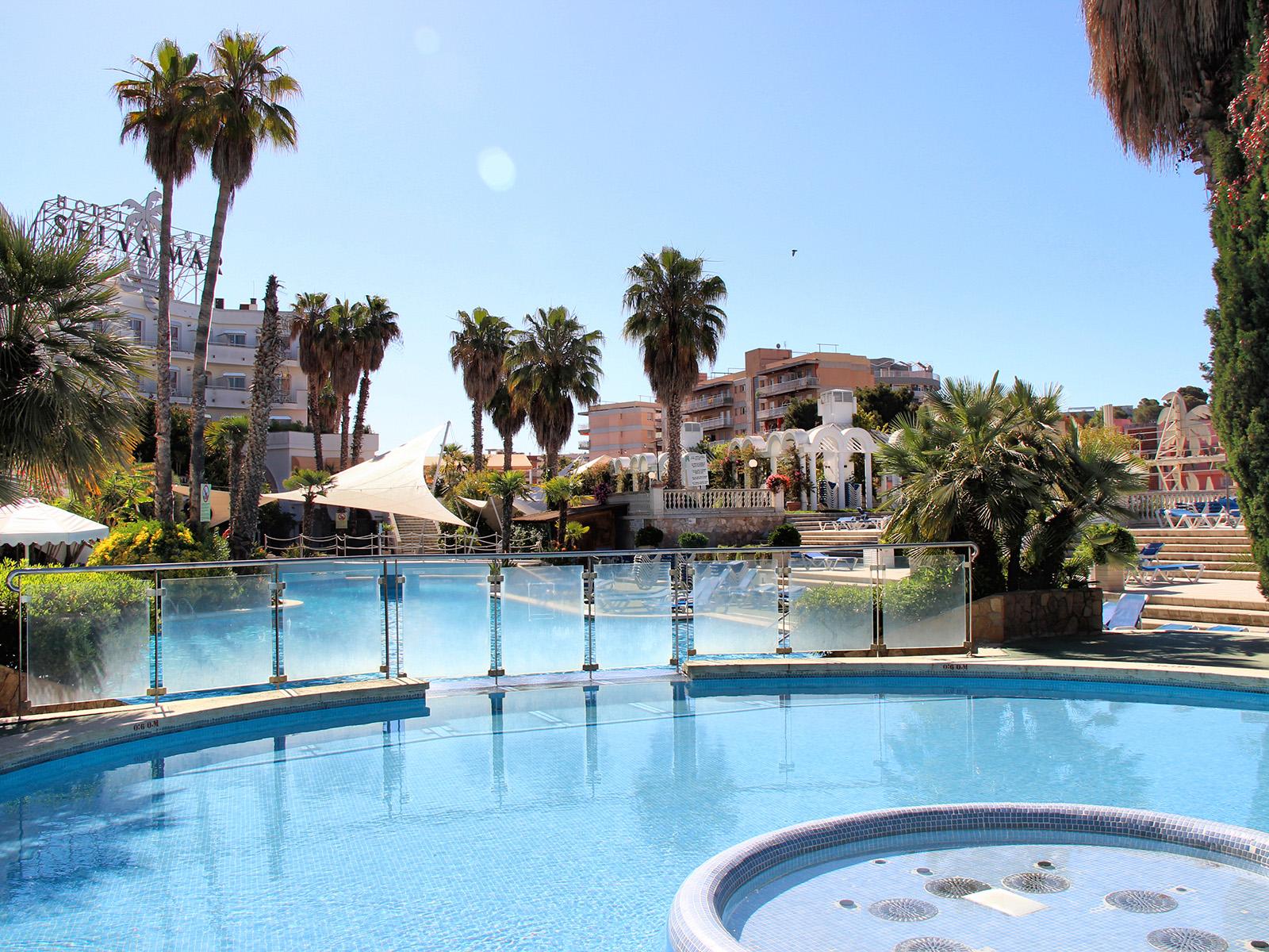 Hacer una piscina stunning piscinas guadiamar empresa de for Cuanto me cuesta hacer una piscina