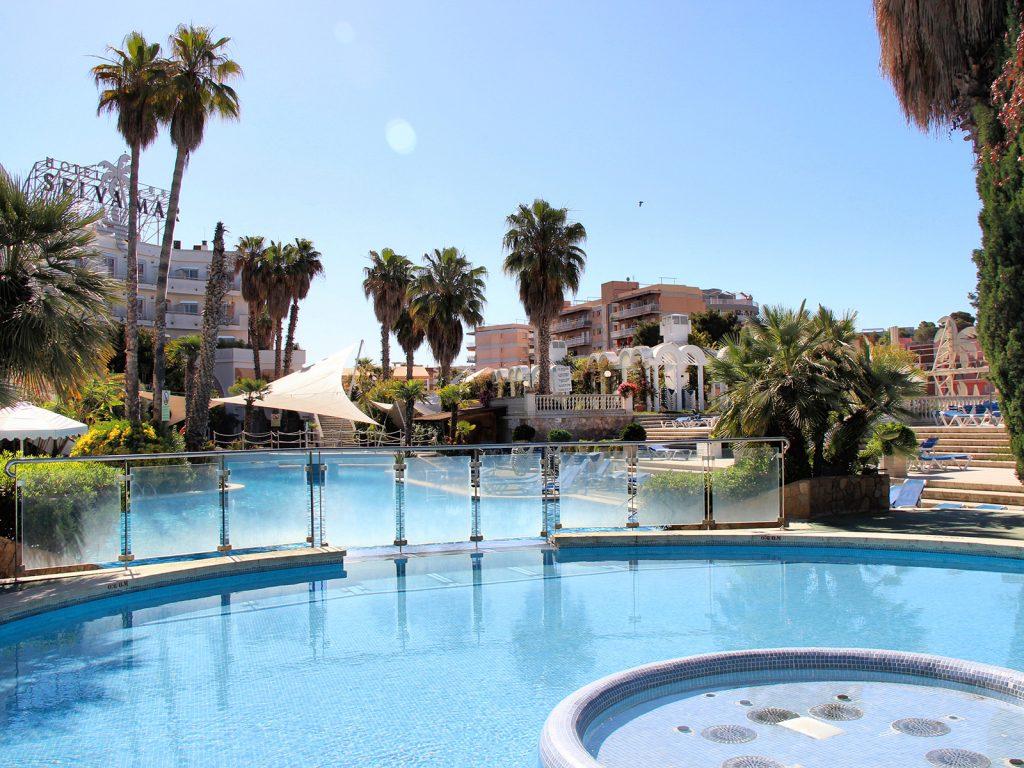 hotel-selvamar-piscina-2
