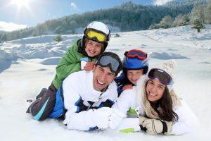 ropa de esquí para toda la familia