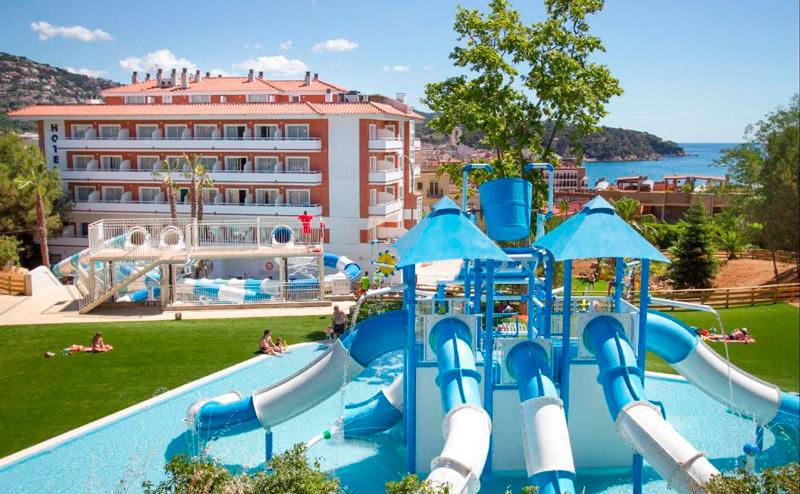 Hoteles con Toboganes en Lloret de Mar, Costa Brava. Hotel Gran Garbi Mar.
