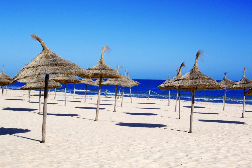 Medidas de seguridad en las playas de España el verano 2020